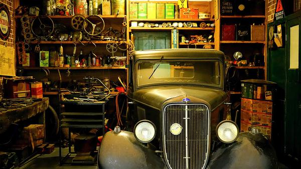 producenci garaży metalowych
