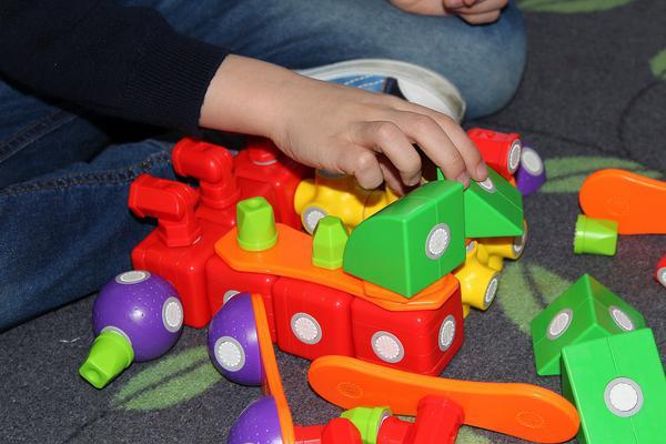 Zabawki interaktywne dla dziecka