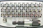 Typy łbów śrub – przewodnik po tym, jaki to rodzaj śruby?