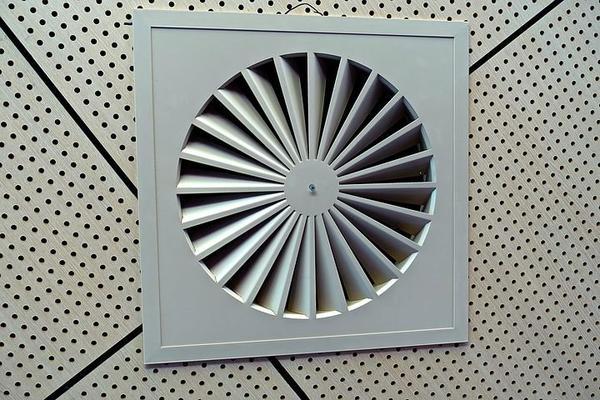 montaż instalacji wentylacji w Warszawie