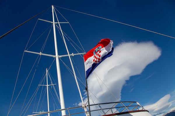 czarter jachtów motorowych chorwacja