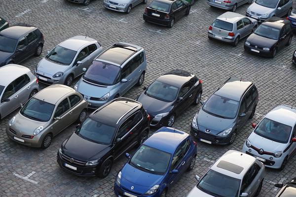 parking lotnisko balice najtaniej